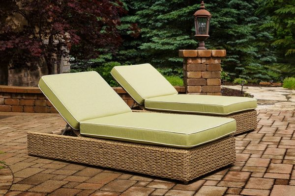 Cayman Chaise