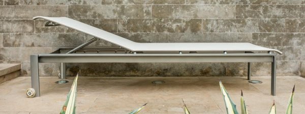 Parkway Sling Chaise