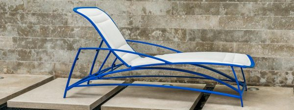 Waive Padded Chaise